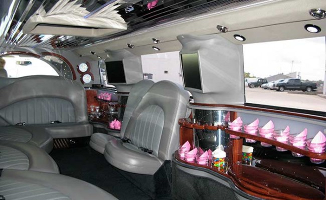 Hummer-Limousine07