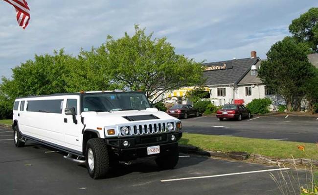 Hummer-Limousine11