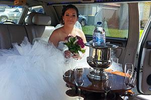 wedding-ceremony-limo